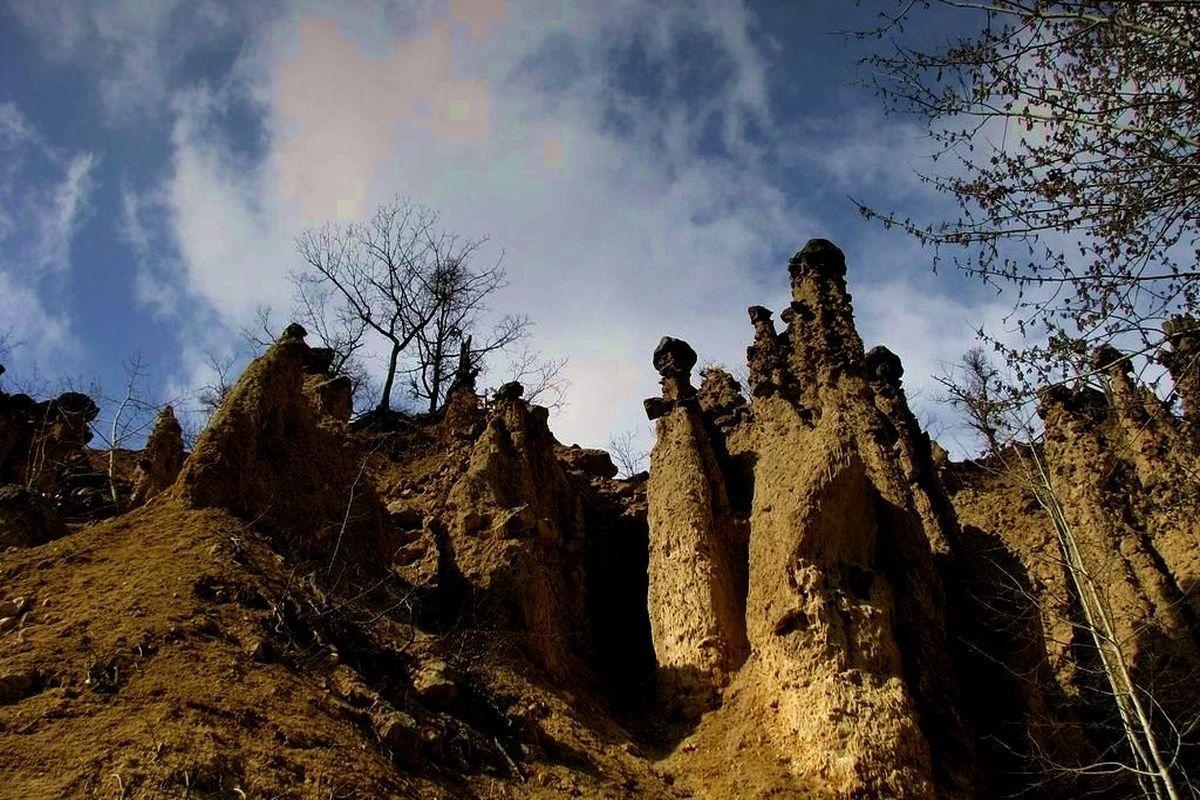terrapapers.com_-7-Djavolja-Varos-1