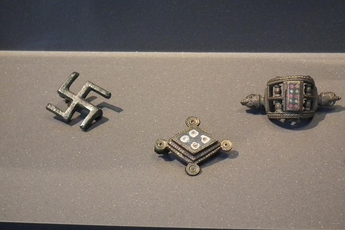 terrapapers.com_sacred swastika symbol (12)