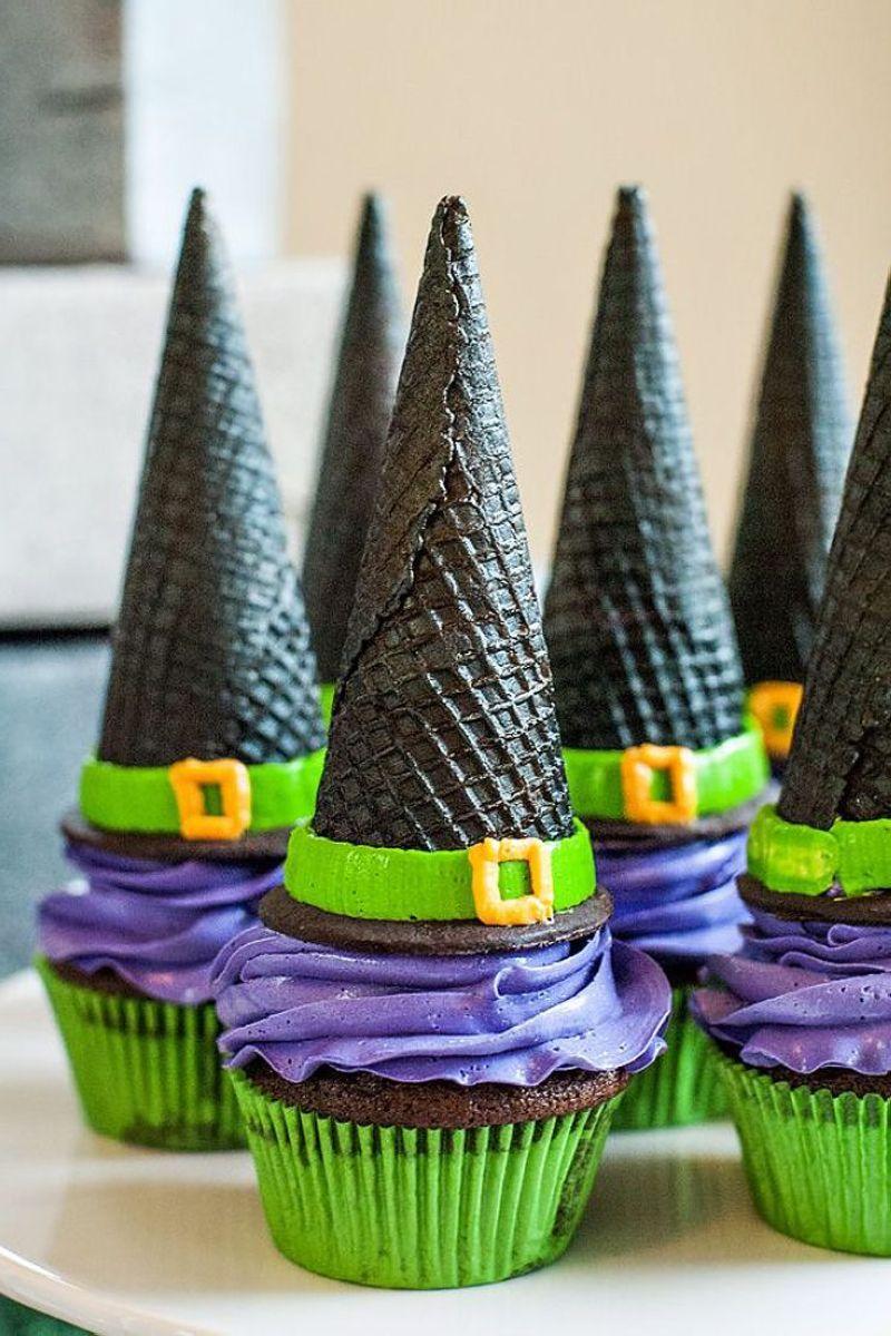 Halloween-Cupcakes-02