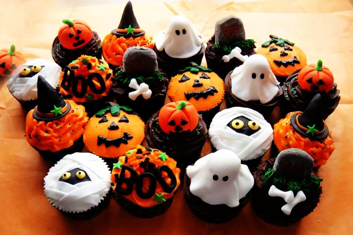 Halloween-Cupcakes-03