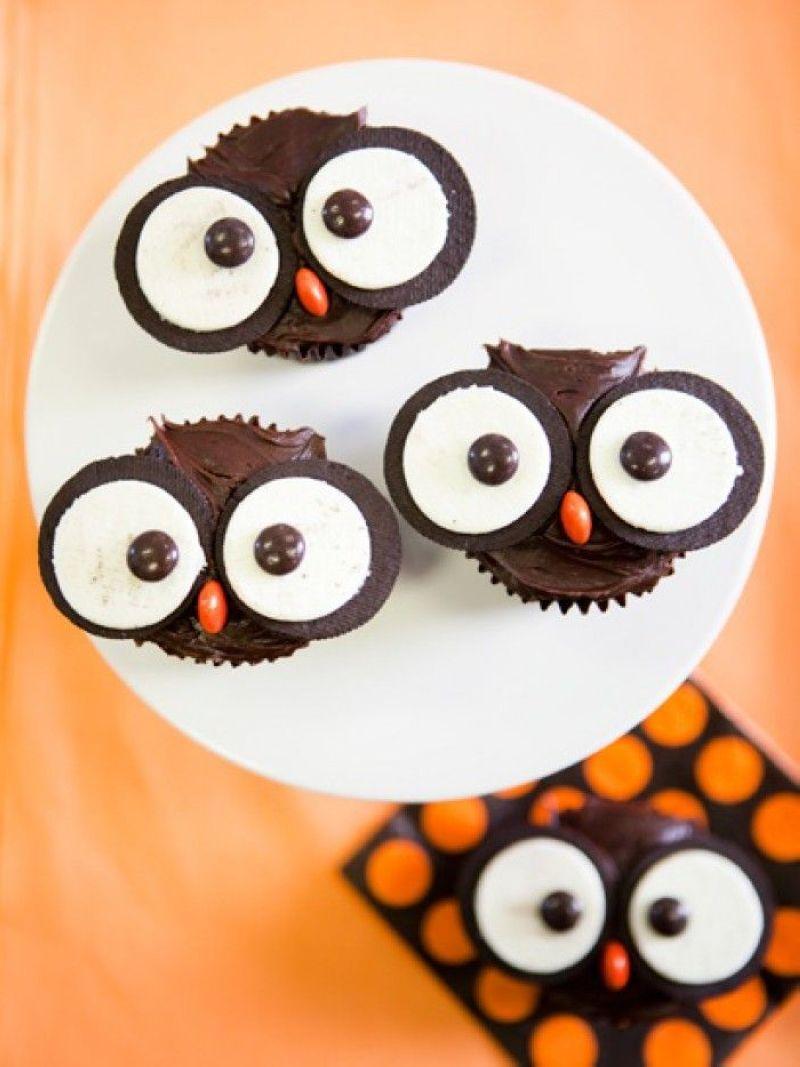 Halloween-Cupcakes-09