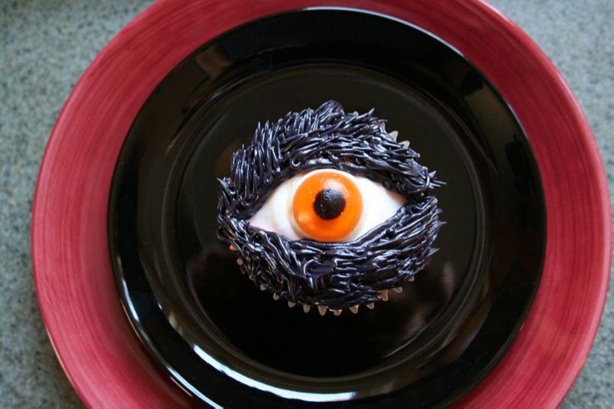 Halloween-Cupcakes-10