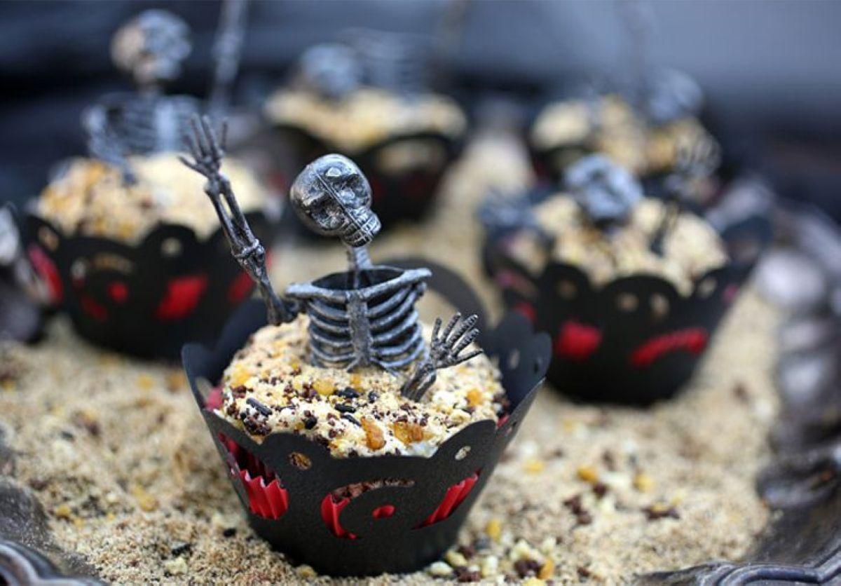 Halloween-Cupcakes-17