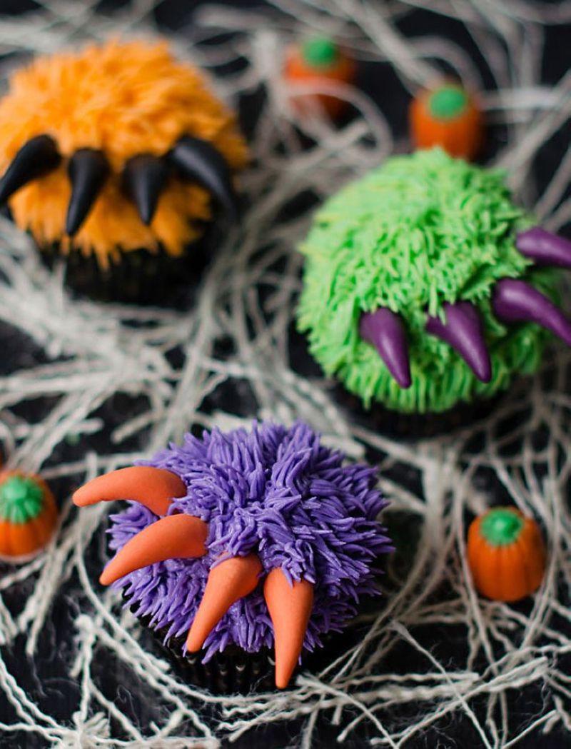 Halloween-Cupcakes-18