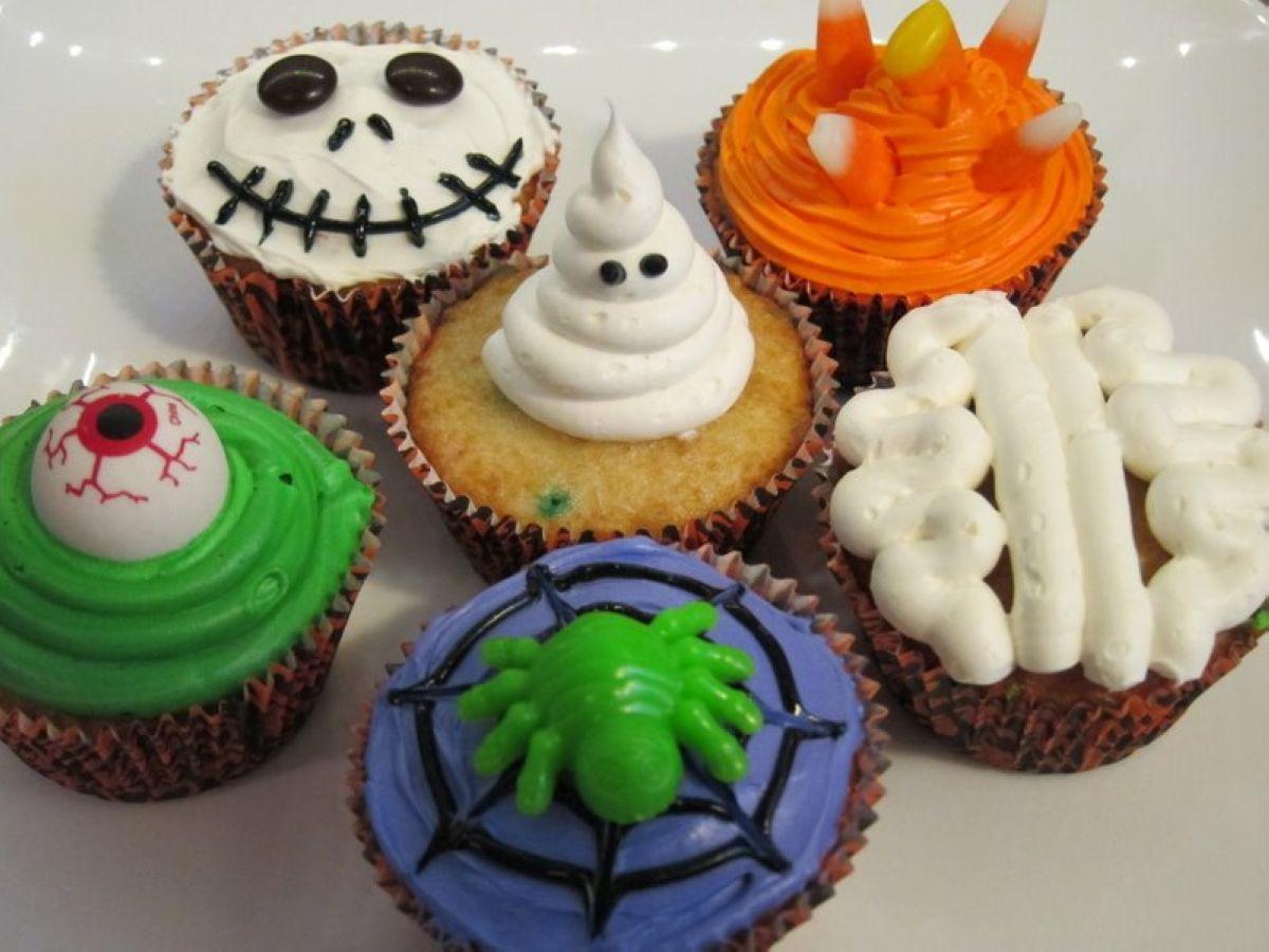 terrapapers.com- Halloween Cupcakes