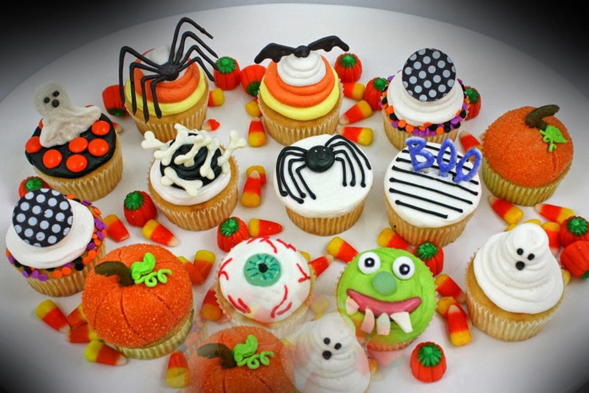 terrapapers.com- a Halloween Cupcakes