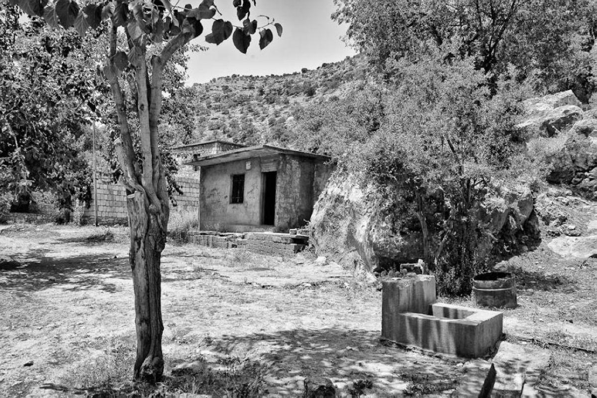 terrapapers.comyazidi melek taus (35)