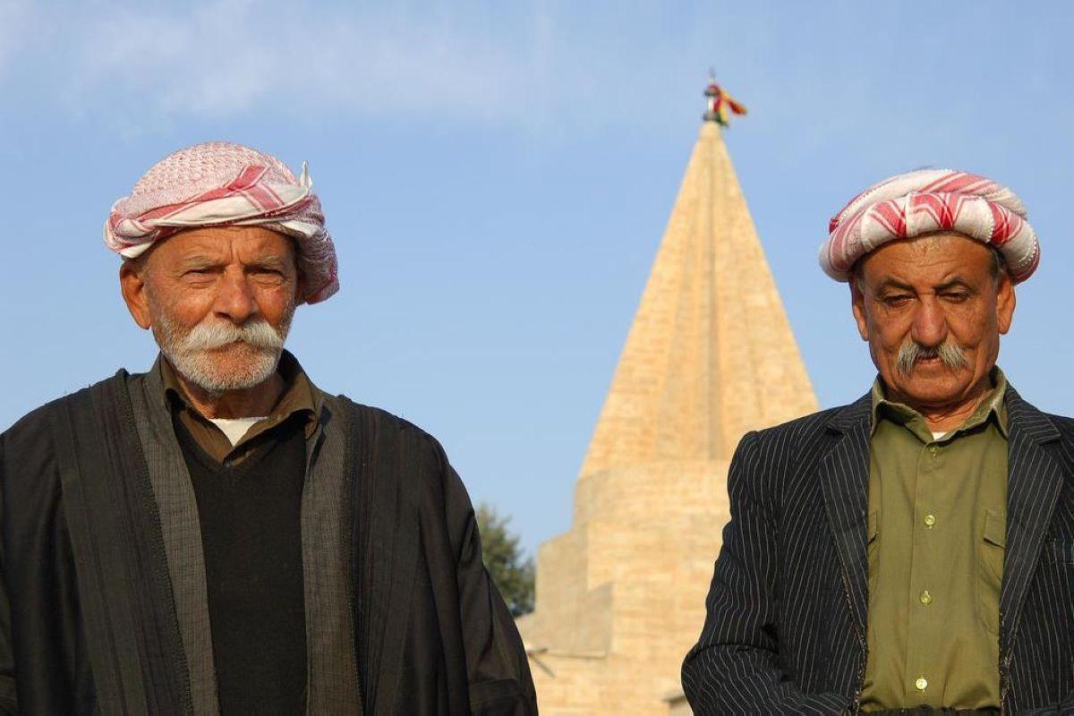 terrapapers.comyazidi melek taus (61)