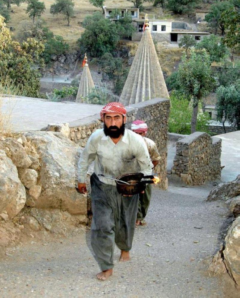 terrapapers.comyazidi melek taus (74)