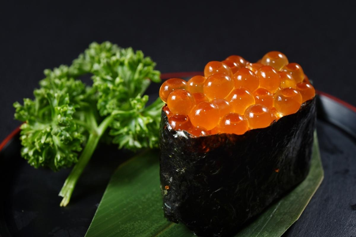 Seafoods_Caviar_Sushi