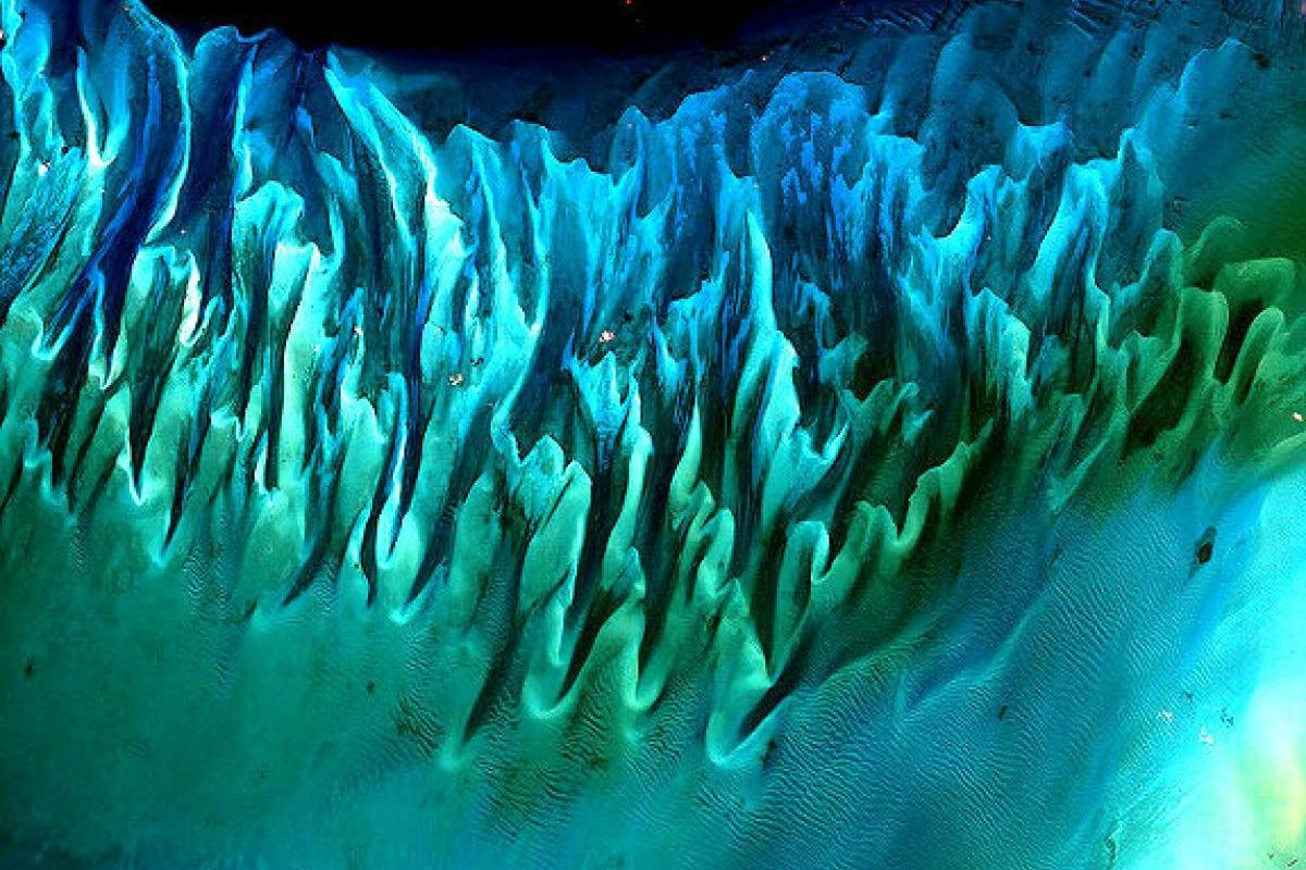 terrapapers.com_NASA-Earth-As-Art-eBook (4)