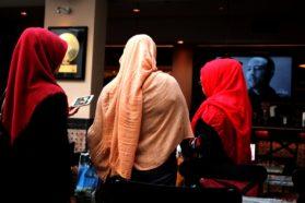 Ραγιάδες: Τρολάκια του διαδικτύου