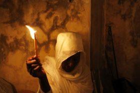 Α. Κοραής: Απάτη το «Άγιο Φως»
