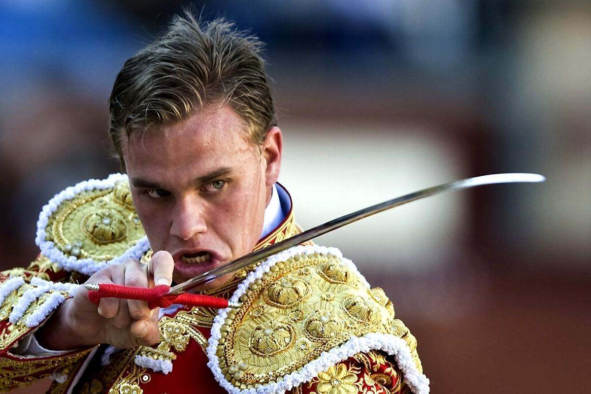 terrapapers.com- the face of the beast- 1 spanish_bullfighter
