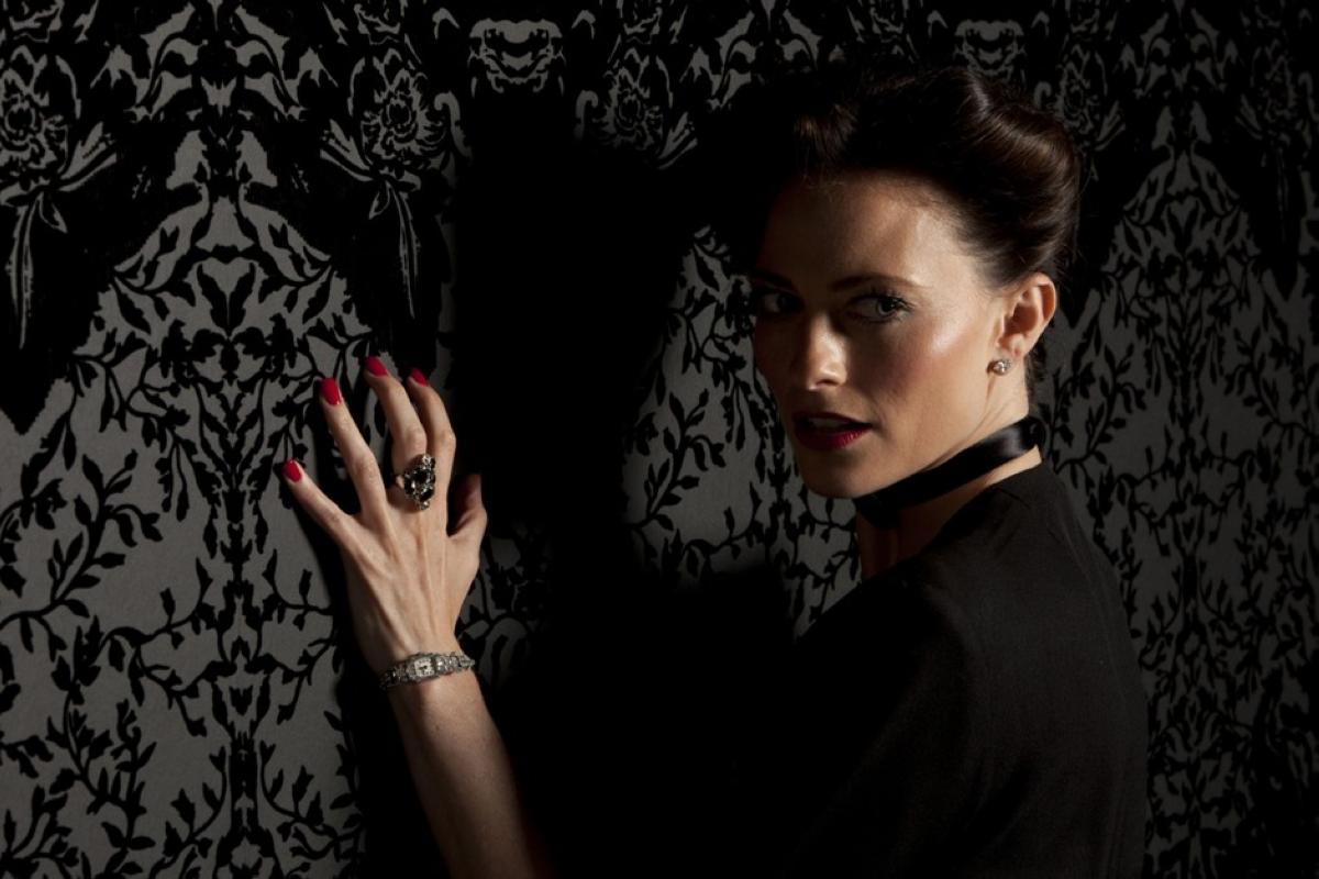 lara-pulver-as-irene-adler