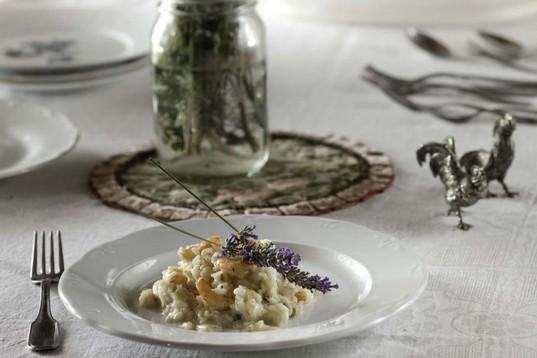 Ριζότο με γαρίδες και λεβάντα