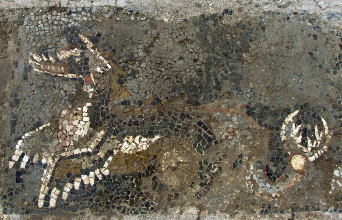 Kaulon-dragon-mosaic