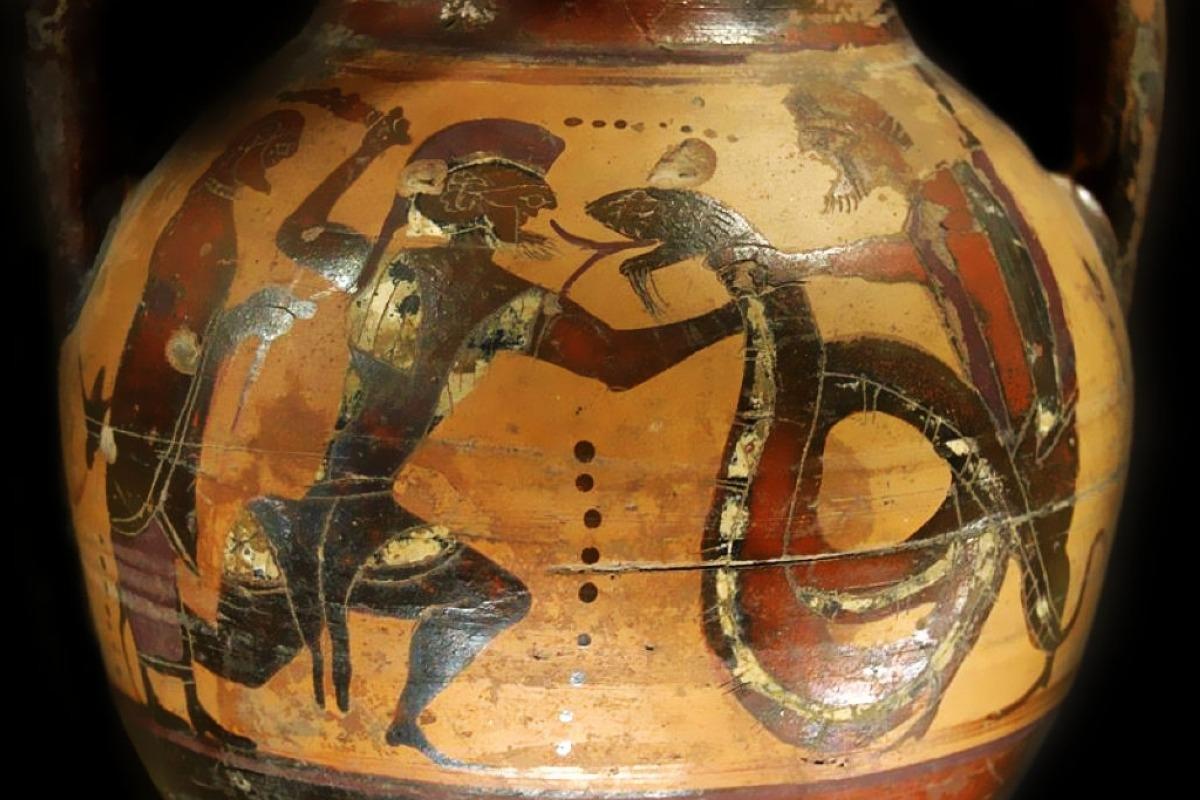 3-1-Kolchikos-dragon-douris-iason-Louvre