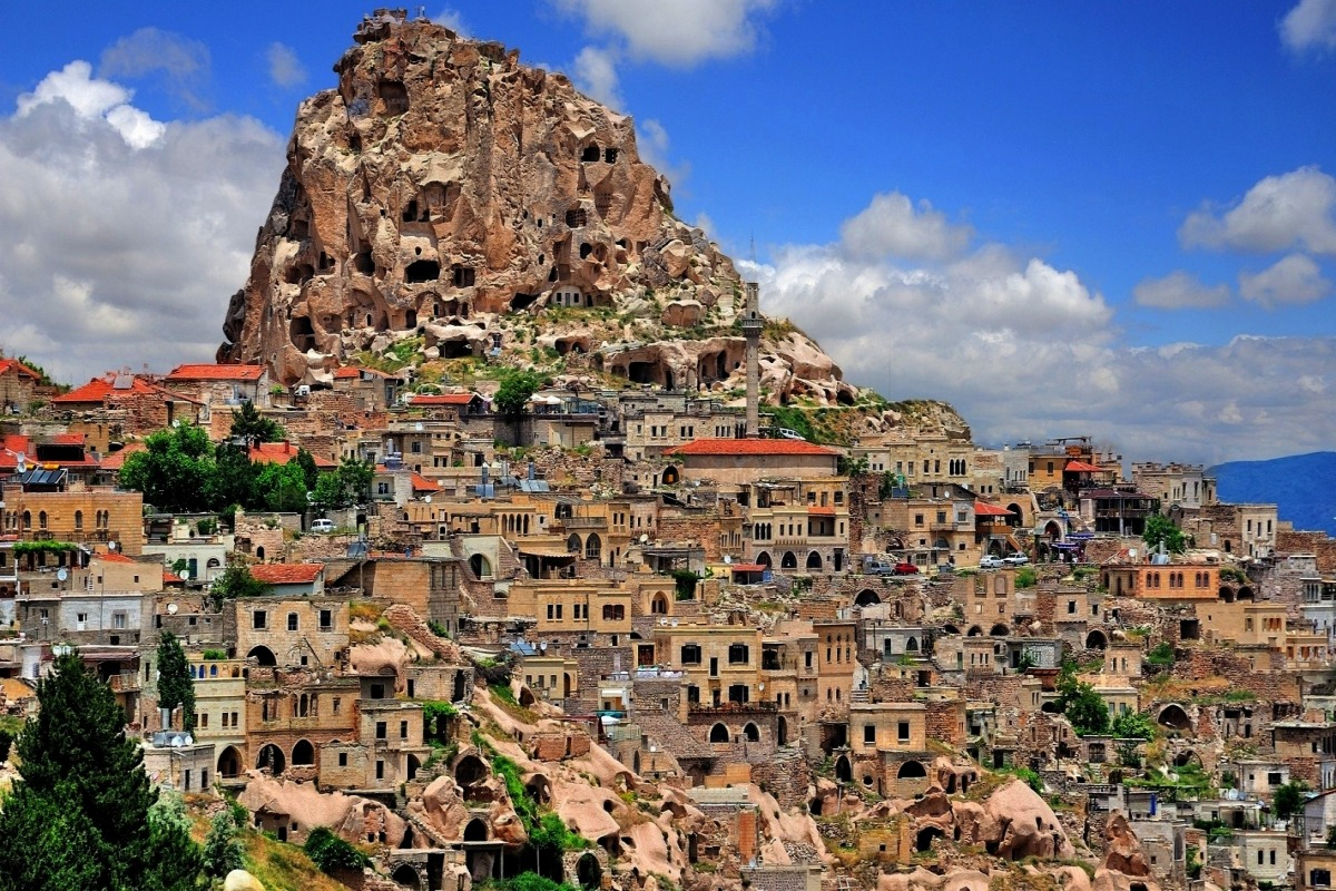 wallpaper-ancient-uchisar-cappadocia-turkey