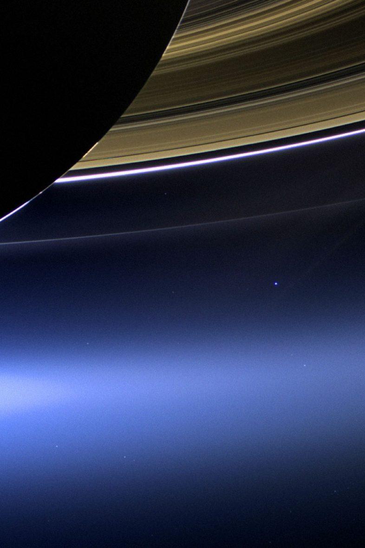 Γη η Χλωμή Μπλε Κουκκίδα